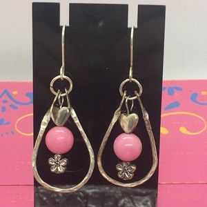 Dangle silver earrings with rose quartz beads